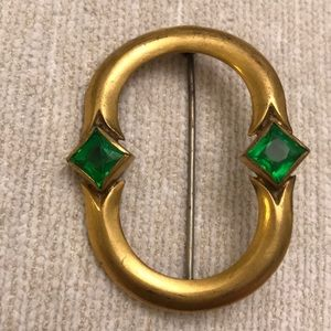 Unknown Jewelry - Vintage Gold and green glass brooch